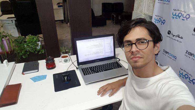 سعید آرینمنش برنامهنویس دهه هفتادی که ادیوری را به عنوان تنها پلتفرم تبلیغات در اپلیکیشن خود در نظر گرفته است.
